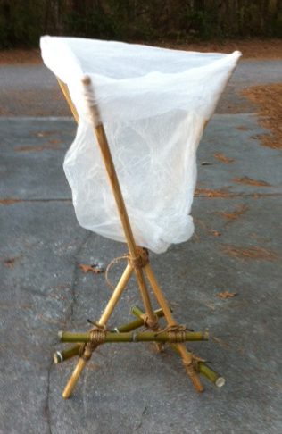 Simple Self Standing Trash Bag Holder