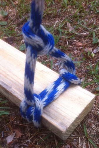 scaffold hitch rigged with a bowline